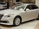 Toyota  Crown Royal XIV (S210)  2.5 V6 24V (203 Hp) Automatic