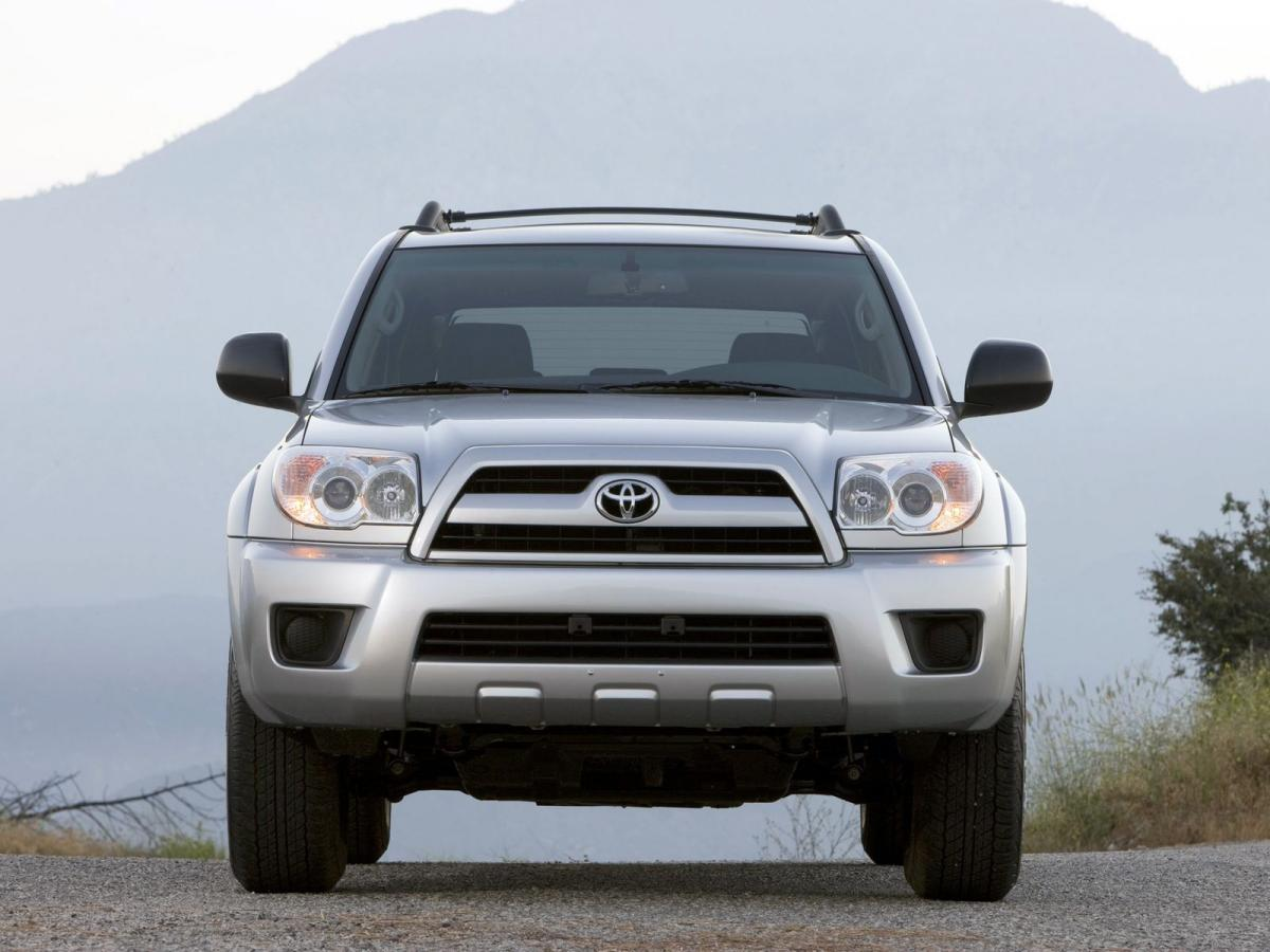 toyota 4runner technical specifications and fuel economy. Black Bedroom Furniture Sets. Home Design Ideas