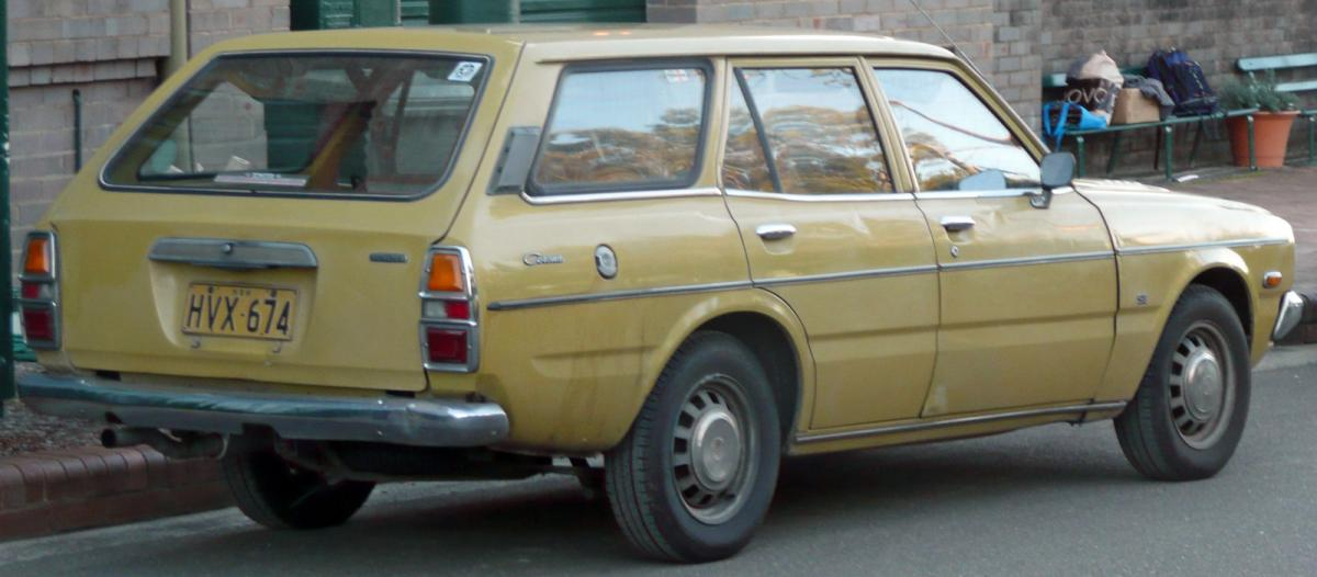 toyota corona technical specifications and fuel economy. Black Bedroom Furniture Sets. Home Design Ideas