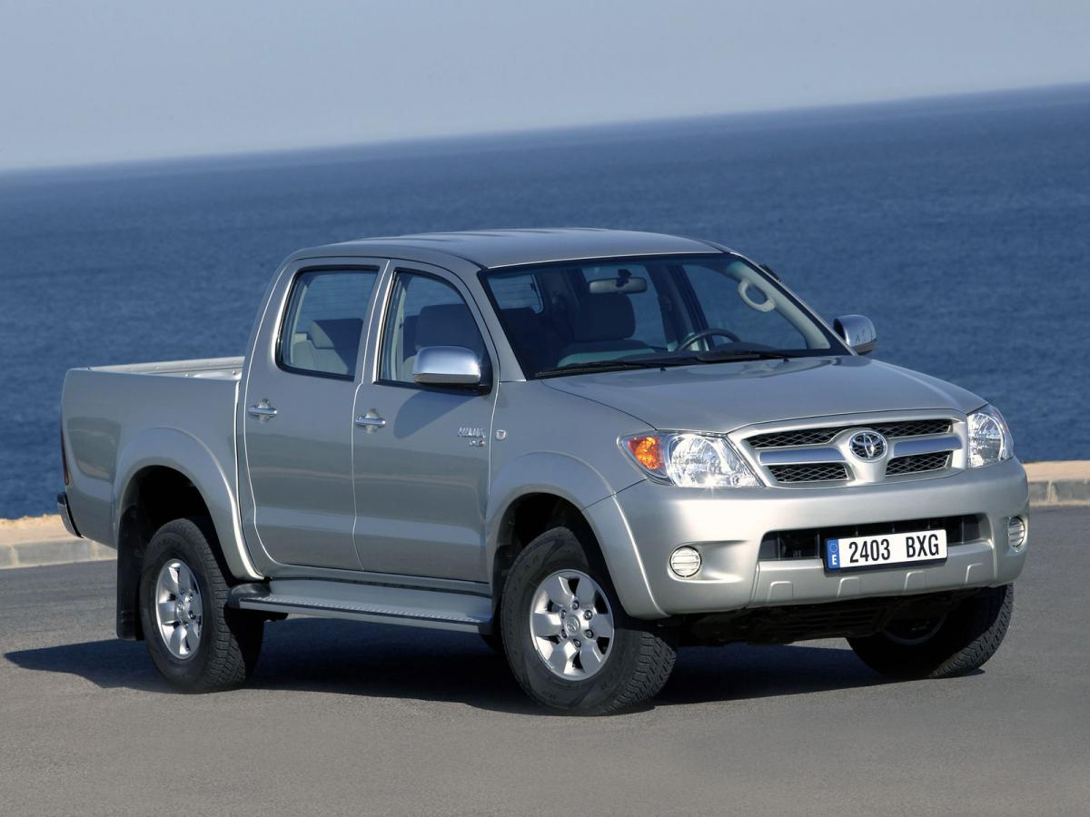 toyota hilux pick up 2 0 i 110 hp. Black Bedroom Furniture Sets. Home Design Ideas