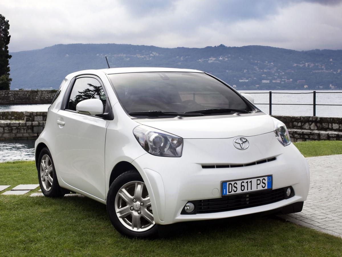 toyota iq technical specifications and fuel economy. Black Bedroom Furniture Sets. Home Design Ideas