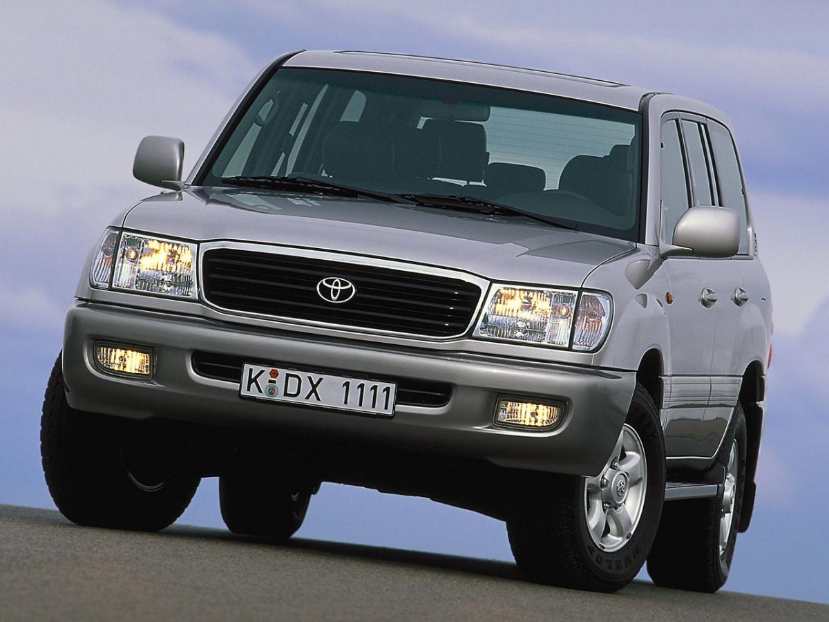 toyota land cruiser technical specifications and fuel economy. Black Bedroom Furniture Sets. Home Design Ideas