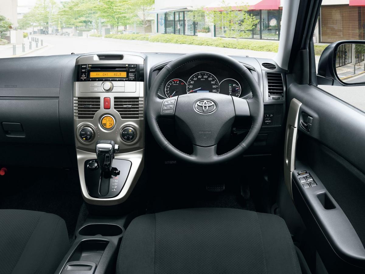 Kelebihan Toyota Rush 2013 Murah Berkualitas