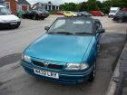 Vauxhall  Astra Mk III Convertible  1.4 iS (82 Hp)