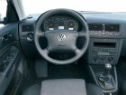 Volkswagen  Golf IV (1J1)  2.3 VR5 (170 Hp) Automatic