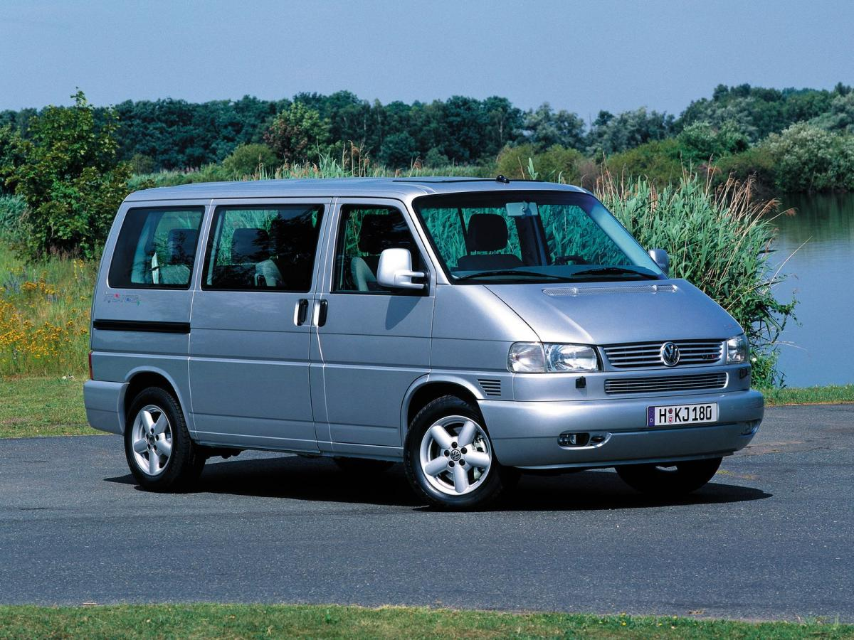 volkswagen multivan t5 facelift 2009 2 0 tdi 140 hp dsg. Black Bedroom Furniture Sets. Home Design Ideas