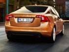 Volvo  S60 II  2.4 D5 (215 Hp) Automatic