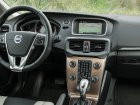 Volvo  V40 Cross Country  2.0 T4 (180 Hp)