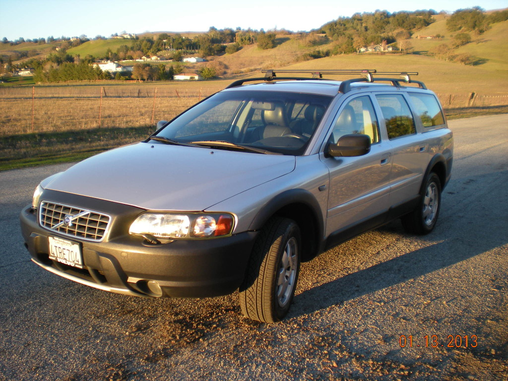 volvo xc70 ii 2 4t awd 200hp. Black Bedroom Furniture Sets. Home Design Ideas