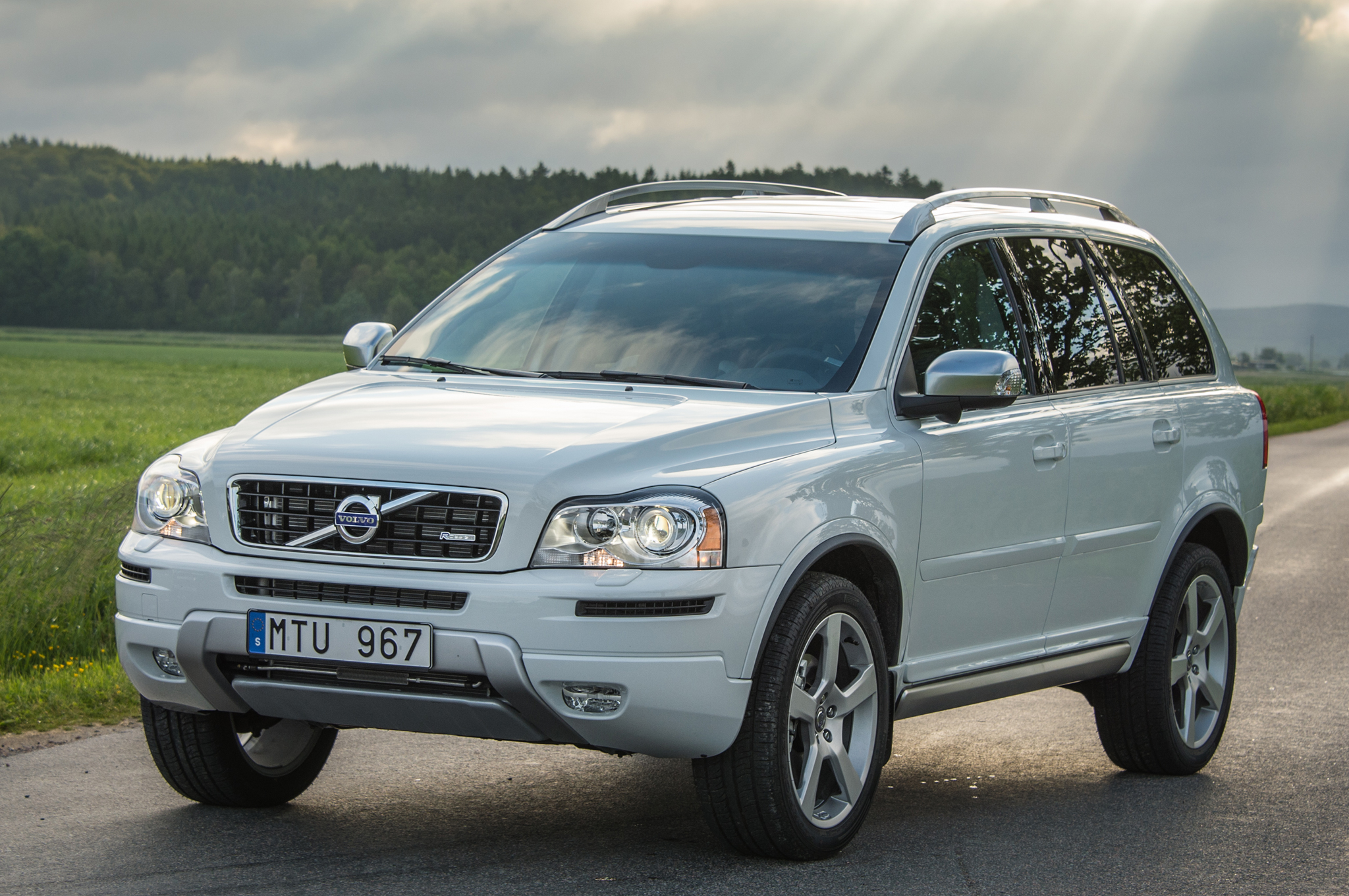 volvo xc90 ii 2 0 t5 254 hp awd automatic. Black Bedroom Furniture Sets. Home Design Ideas